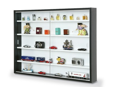 Black and White Display Case For Miniatures BARI