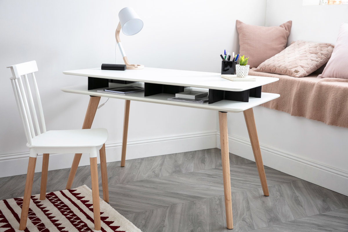 Prime Levy Scandinavian White And Black Desk With Wooden Legs And Evergreenethics Interior Chair Design Evergreenethicsorg