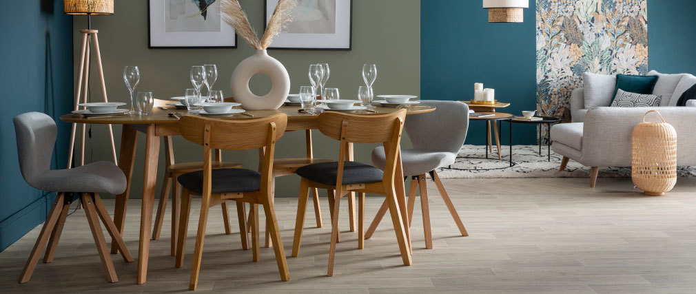 MARIK designer extending oak dining table L150-200